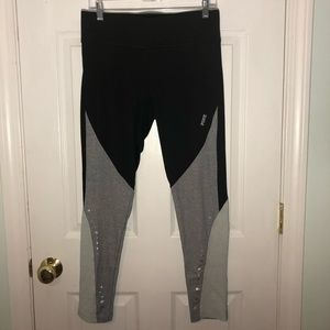 PINK Victoria's Secret black and gray leggings